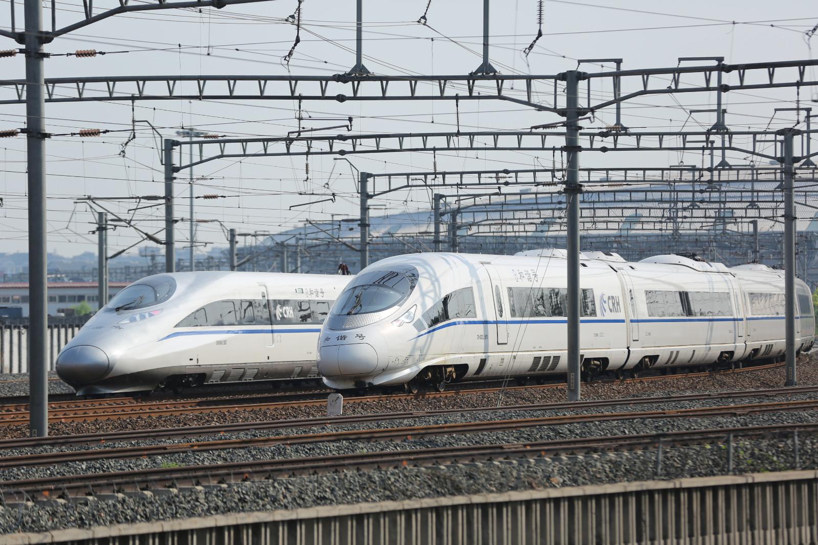 西成高速鉄道の列車本数予測